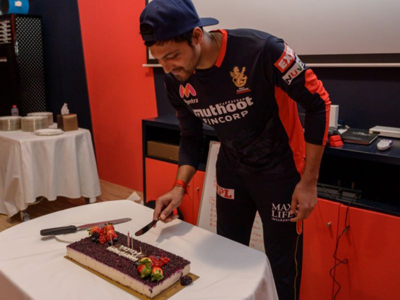 Royal Challengers Bangalore celebrate Pavan Deshpande's birthday
