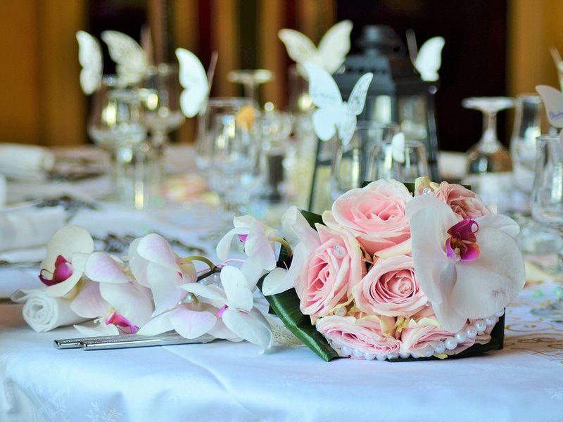 bouquet wedding reception