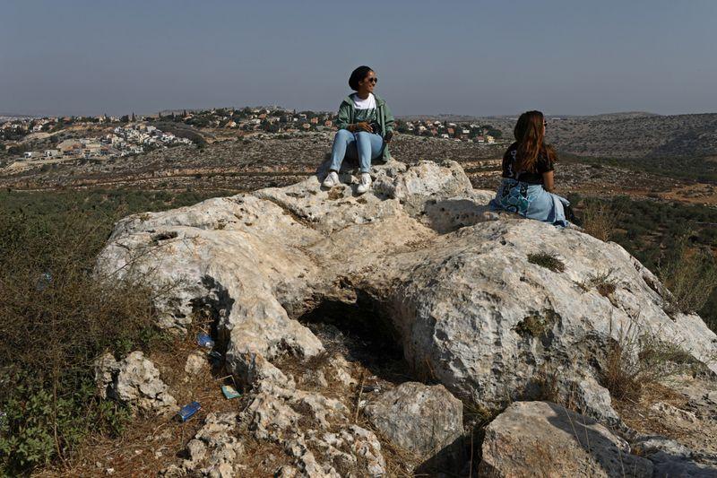Copy of 2020-09-17T100320Z_313481564_RC2A0J9ITF7O_RTRMADP_3_ISRAEL-PALESTINIANS-TOURISM-BLOGGERS-1600500544157