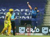 Jasprit Bumrah of Mumbai Indians bowls during the match.