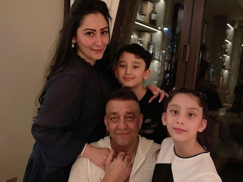 sanjay dutt and family