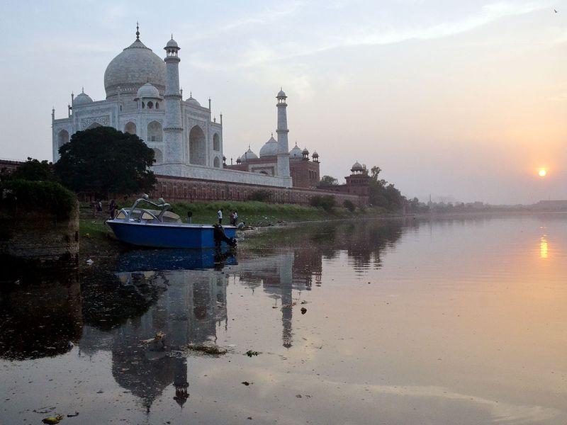 COVID-19: Taj Mahal reopens even as India coronavirus cases soar