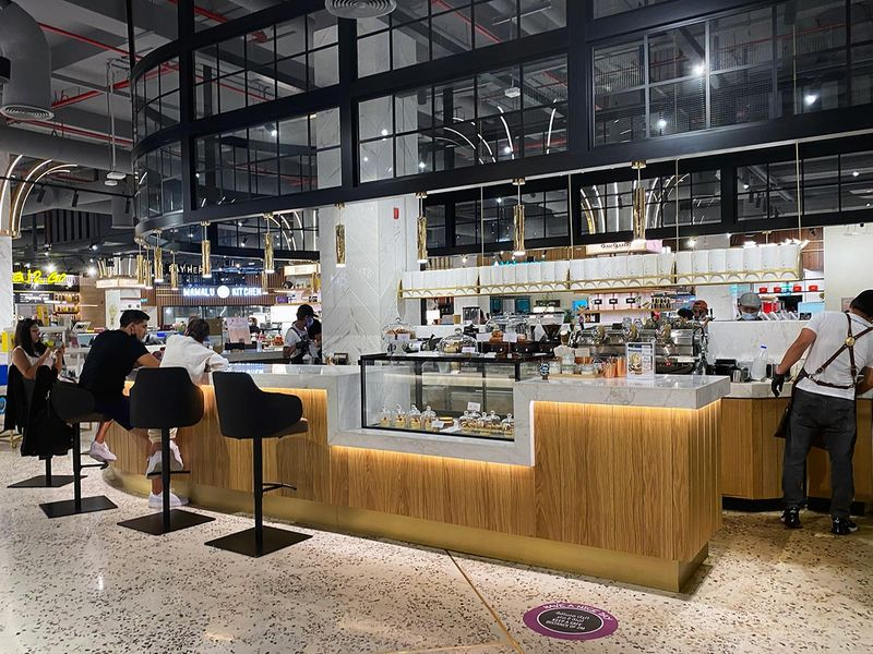 Depachika Food hall