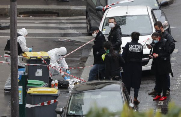 Copy of France_Knife_Attack_73513.jpg-a5db7-1601117622476