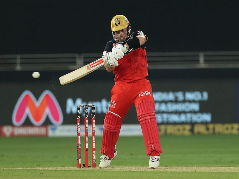 Finch was flying, smashing seven boundaries and a six for his own fifty.