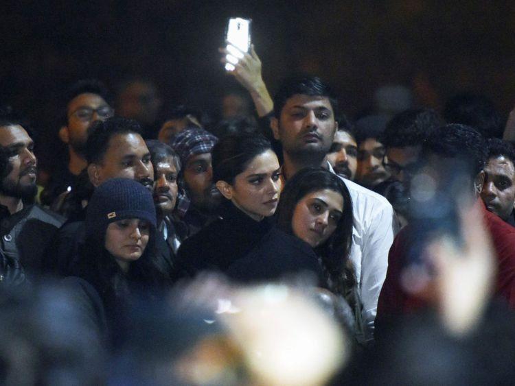 Deepika at JNU, Delhi-1601375399125