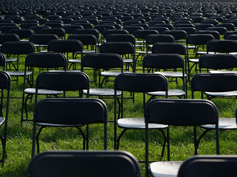 Empty chairs gallery
