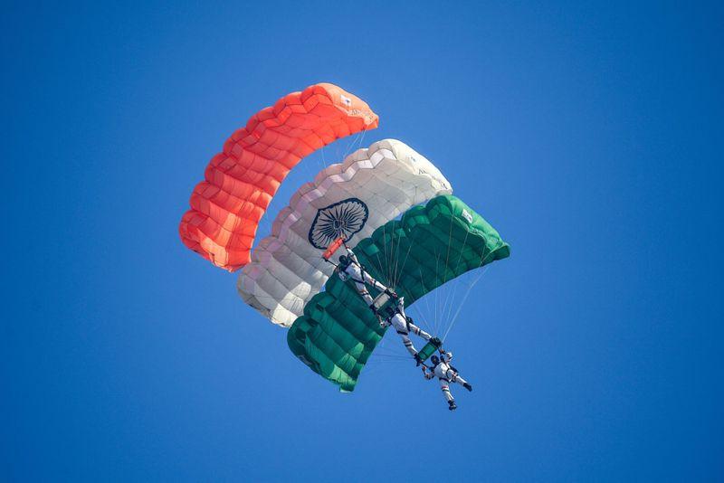 IAF 3-1602147541550