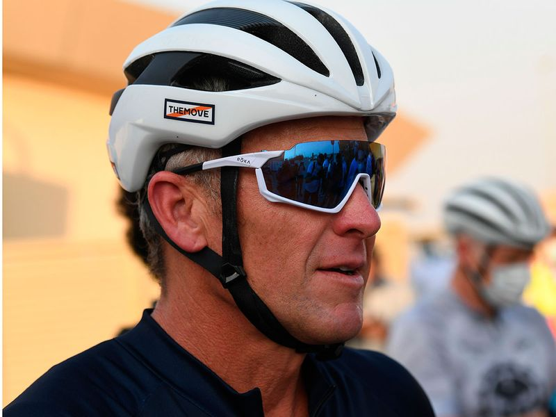Lance Armstrong  in Al Qudra lake