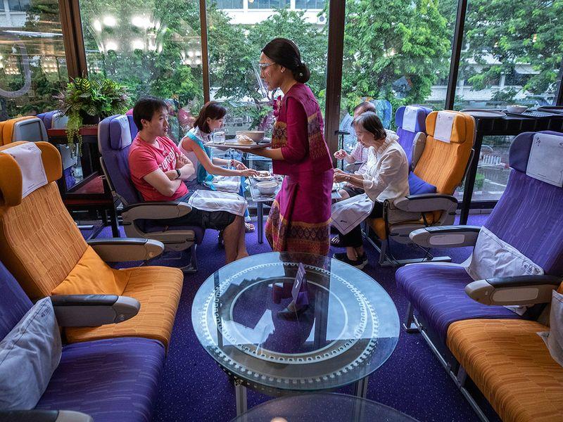 Thailand_Thai_Airways_93380