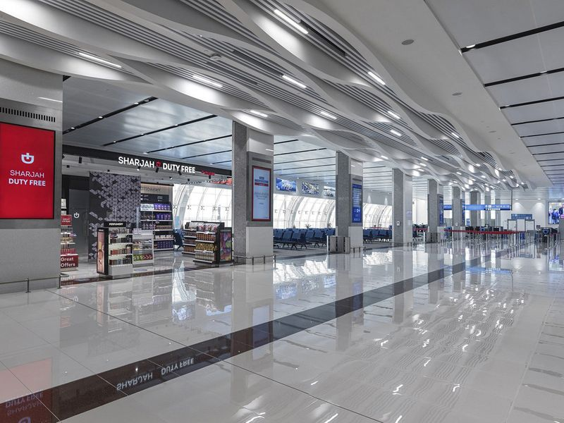 SHJ AIRPORT 3-1602512136314