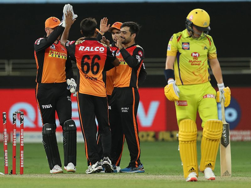 Sunrisers Hyderabad players celebrate the wicket of Sam Curran
