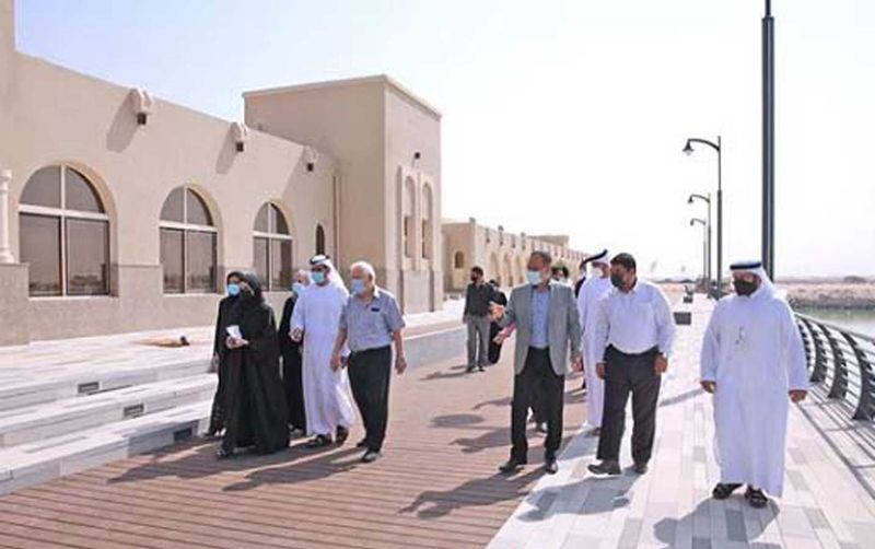 Tour of the new market in Sharjah.