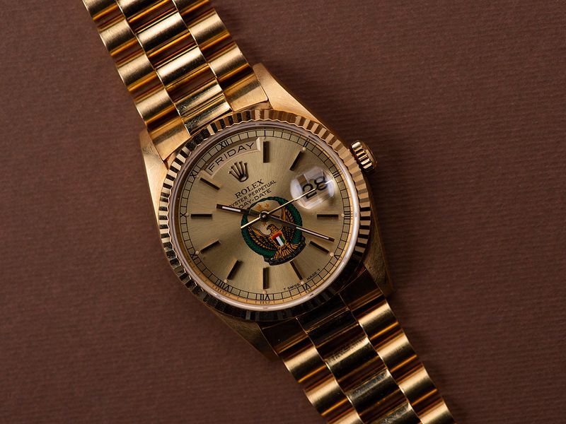 Rolex-Ref-18238-Day-Date-_UAE-Armed-Forces-logo