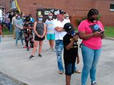 Voters early voting US
