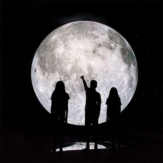 Moon Museum in Dubai