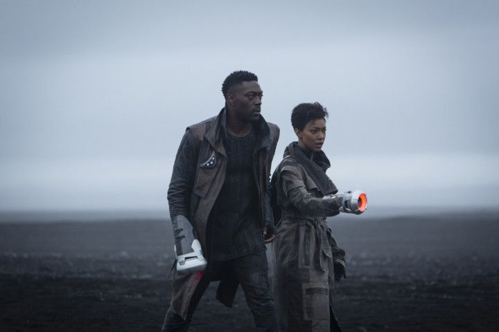 David Ajala and Sonequa Martin-Green-1603091356459