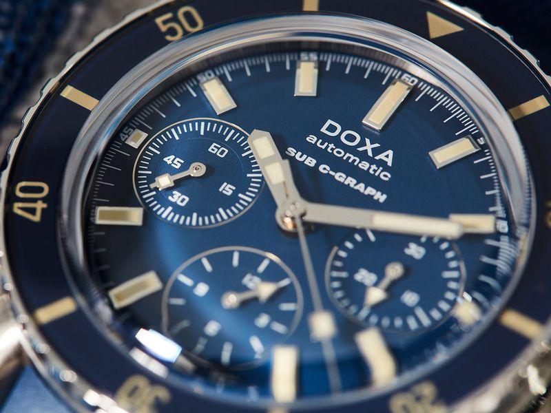 Doxa-SUB-200-C-Graph_Navy-Caribbean