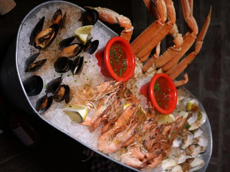 claw seafood platter