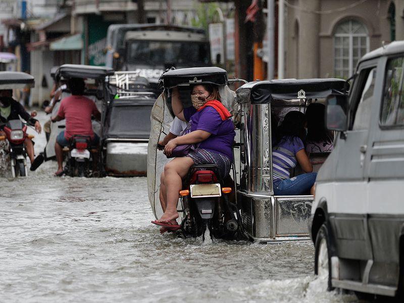 Philippines_Asia_Typhoon_78029