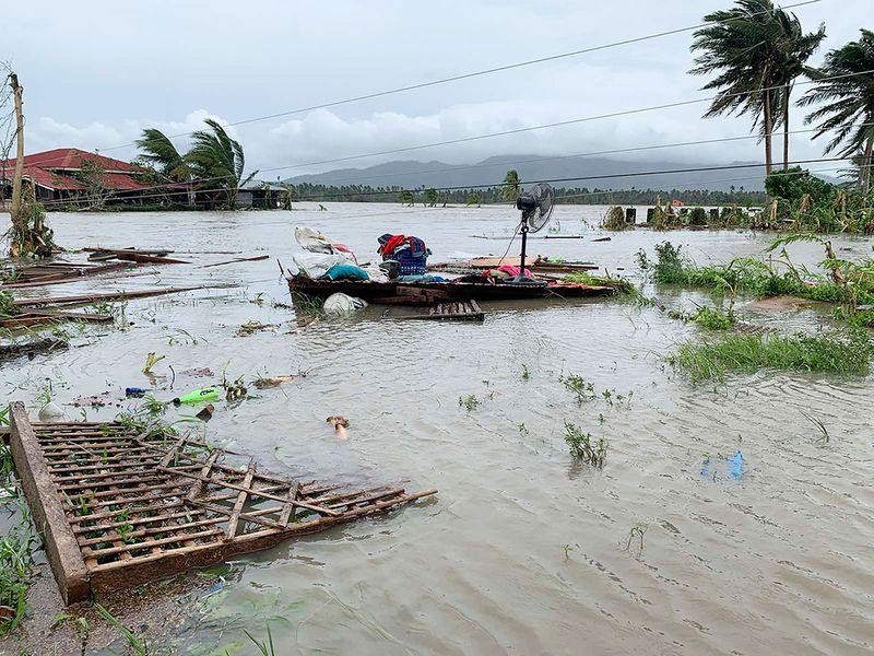 Philippines_Asia_Typhoon_88799