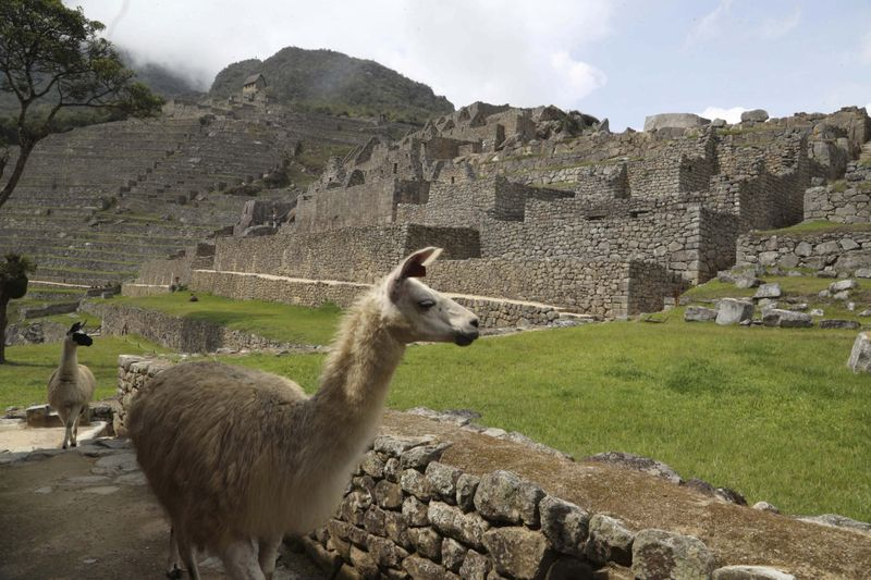 Copy of Virus_Outbreak_Peru_-_Machu_Picchu_03415.jpg-fd943-1603882500635