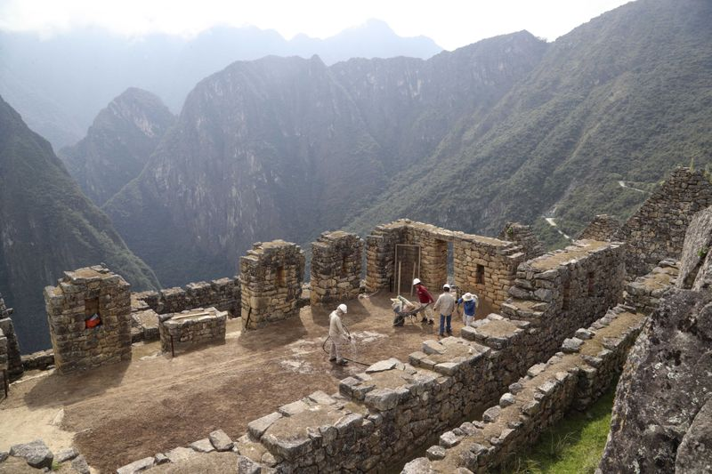 Copy of Virus_Outbreak_Peru_-_Machu_Picchu_13780.jpg-f24cd-1603882472067