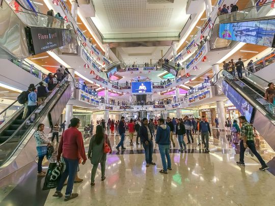 Stock Indian economy shoppers mall