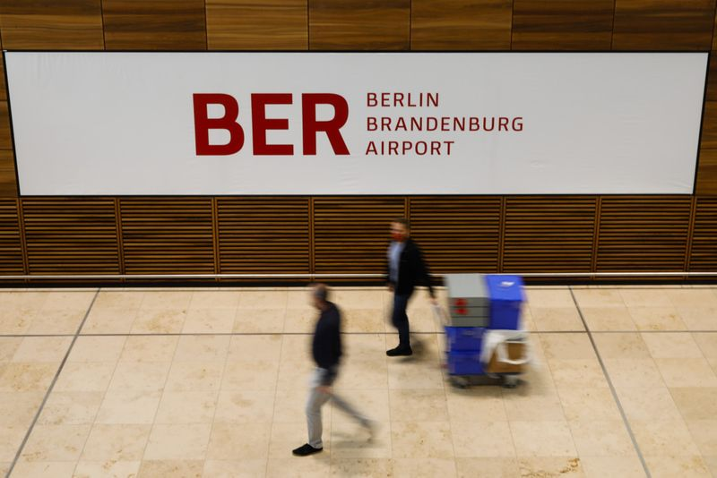 Copy of Germany_Berlin_Airport_09968.jpg-920ab-1603967378334