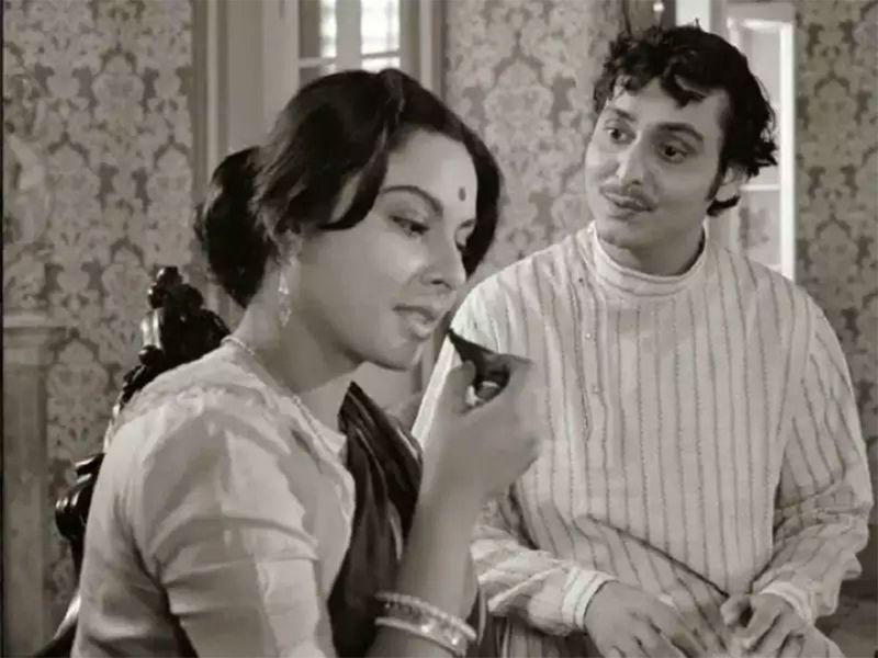 Soumitro Chaterjee in Charulata