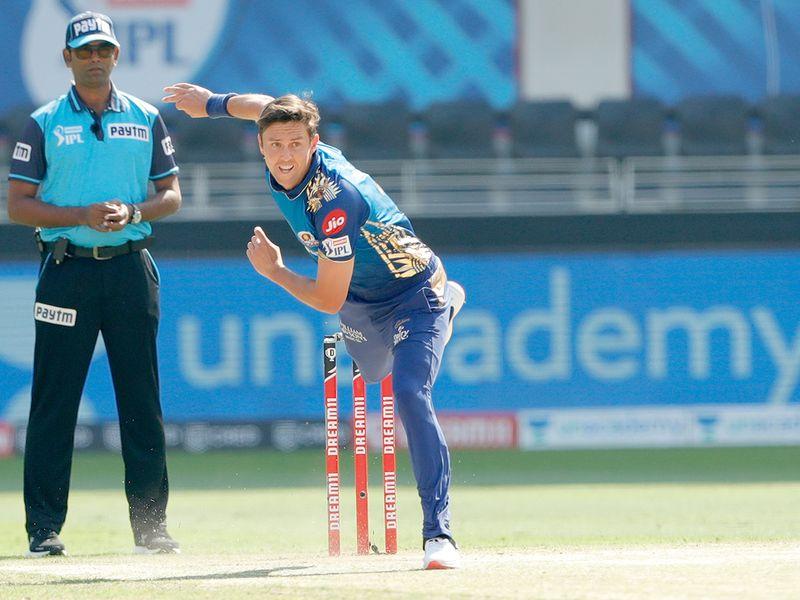 Trent Boult of Mumbai Indians bowls.