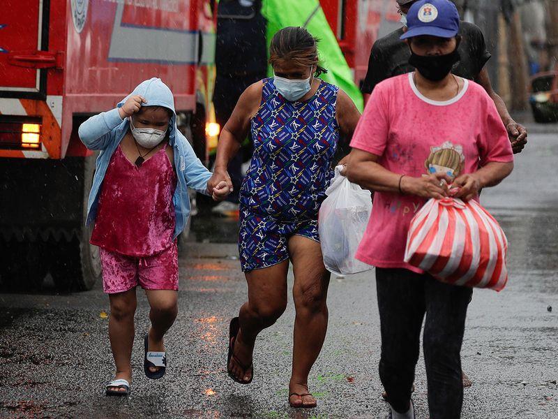 Philippines_Asia_Typhoon_75858