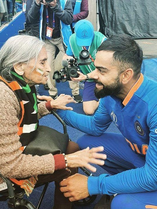 Virat Kohli and fan