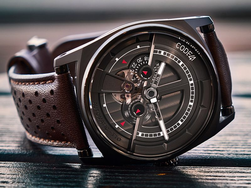 Anomaly-01-Black-PVD-Perforated-brown-Strap-LifeStyle-B-01