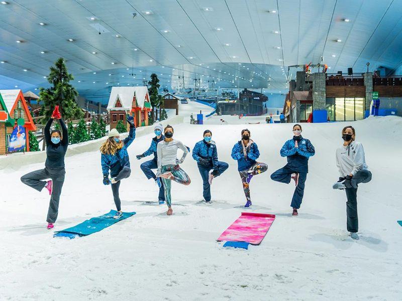 Snow Yoga in Ski Dubai