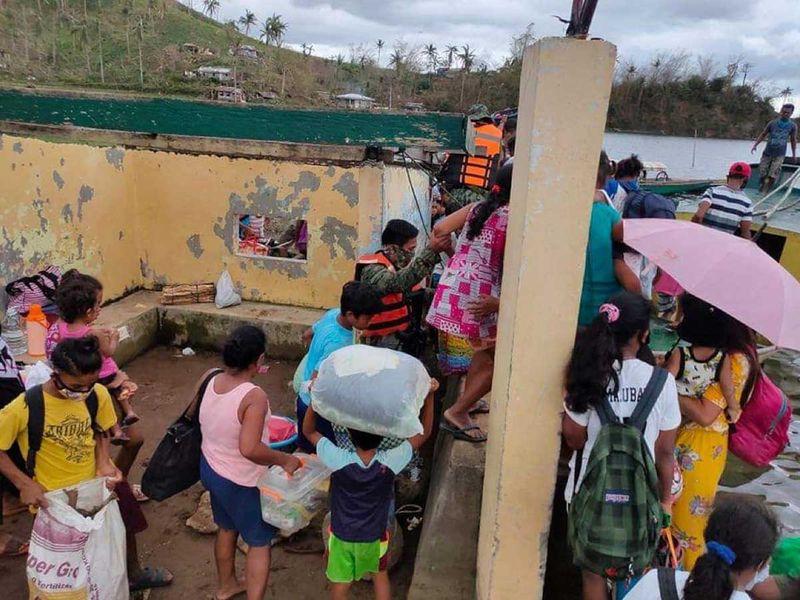 20201111 evacuees in albay