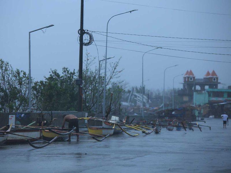 20201111 typhoon vamco