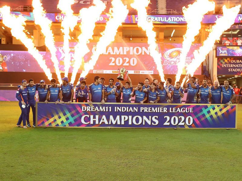 Mumbai Indians squad celebrates with the trophy of Indian Premier League (IPL) 2020