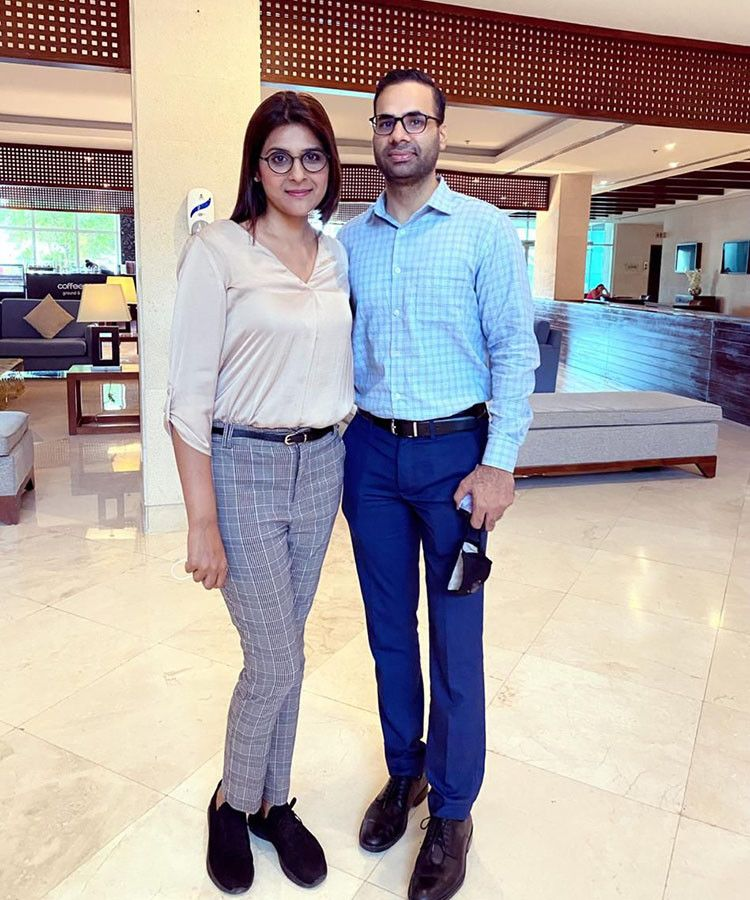 NAT Baljeet Singh with wife-1605157574177