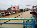 Typhoon Ulysses hit Manila