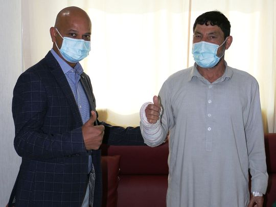 NAT Mohamed Hazrat with his doctor Dr. Bhuvaneshwar Machani at Burjeel Hospital Dubai-1605590683535