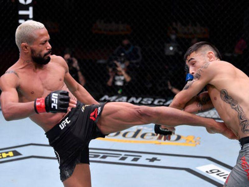 Deiveson Figueiredo defeated Alex Perez at UFC 255