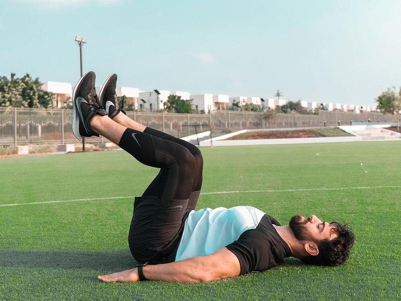 Dubai Health Authority core strength reverse mountain climber
