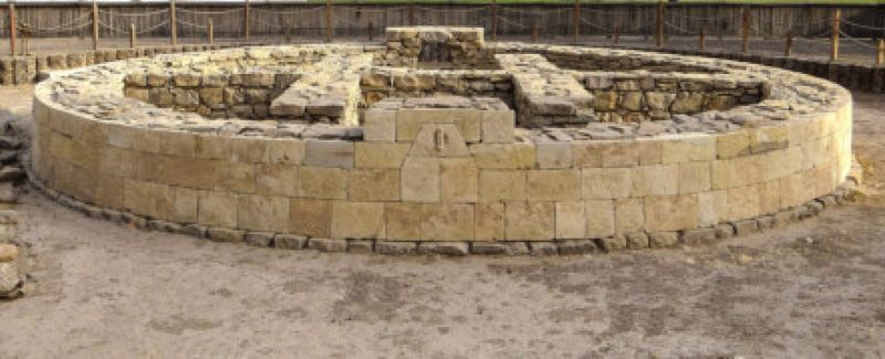 HILI GRAND TOMB, AL AIN: | This site goes back about 4,000 years