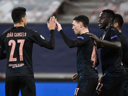 Champions League: Manchester City win to reach last 16