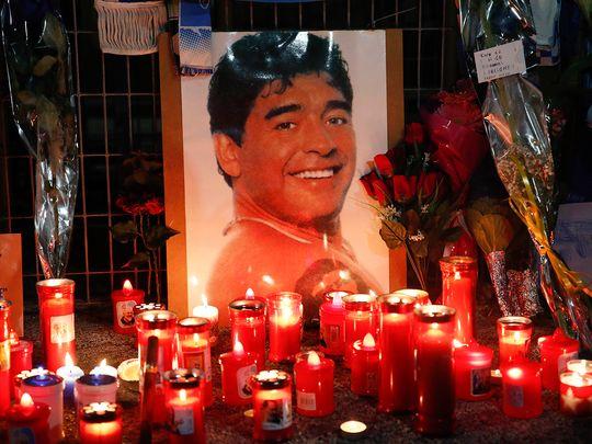 Football-Maradona