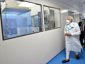 Prime Minister Narendra Modi visits the Serum Institute of India, in Pune.