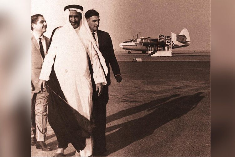 Sheikh Rashid tours the then Dubai airport 1960. File