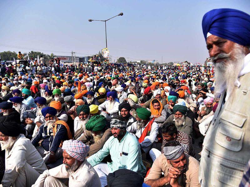 India farmers protest Delhi
