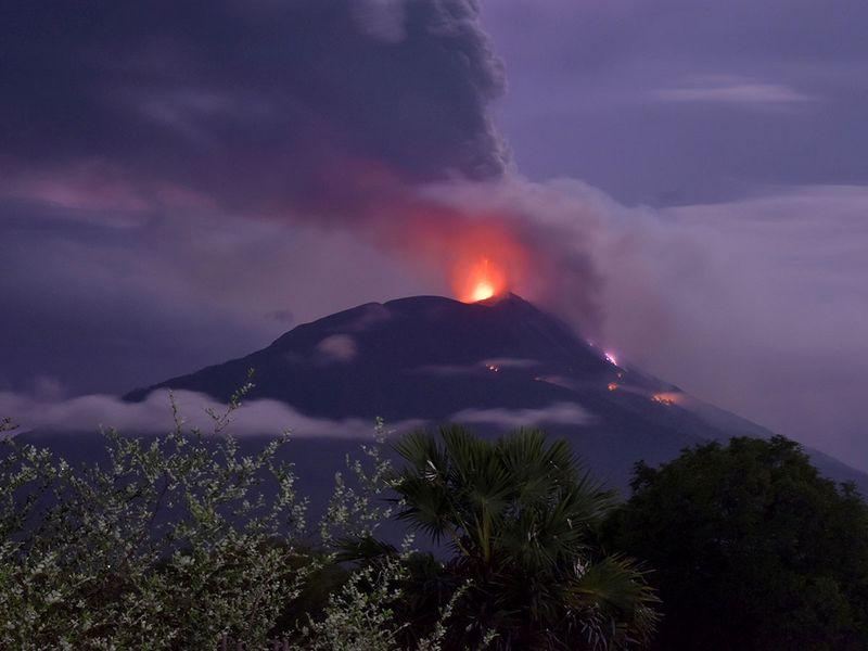 Indonesia volcano Mount Ili Lewotolok